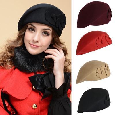 Sombrero de otoño e invierno las mujeres lana elegante llano sombrero  francés flor vintage sombrero de 7c43120572c