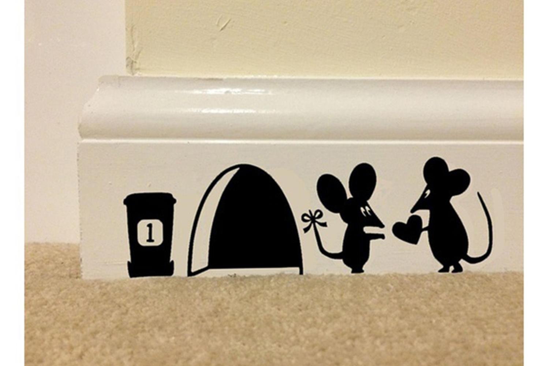 墙贴卧室家居爱心情侣jerry杰瑞小老鼠马桶贴107
