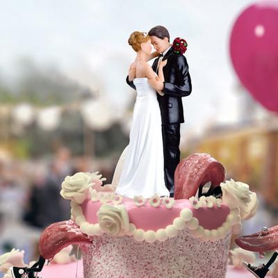 Wedding Couple Cake Decoration Resin Crafts Ornaments Wedding Supplies