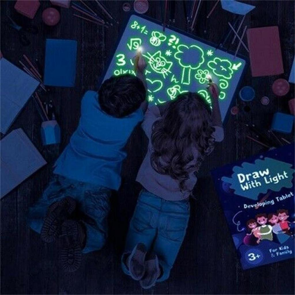 Fun and Developing Toy Doodstage Light Drawing Medium