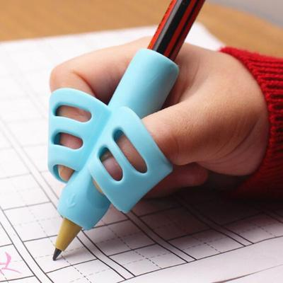 Two-Finger Pen Holder Baby Writing Tool Correction Pencil Set Stationery 3 Piece Set Gift 2 Fish