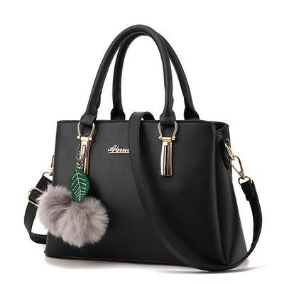 a4349222f220 Плюшевый мяч средних сумочка hotsale женщин сцепления дамы известного бренда  посланник через плечо Сумки на плечо
