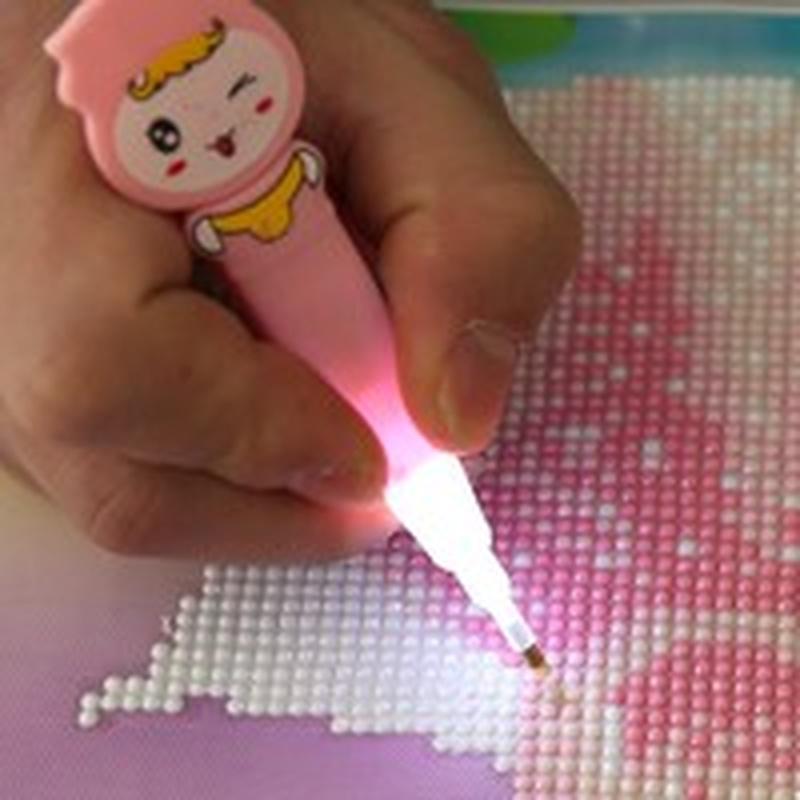 Светящийся мультфильм Drill Pen DIY алмазы живописи Diamond картина крест Stitch случайный цвет фото