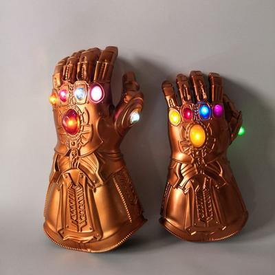 Kid Removable Gold LED Light Up Infinity Glove Thanos Gauntlet Props pour Halloween Cosplay