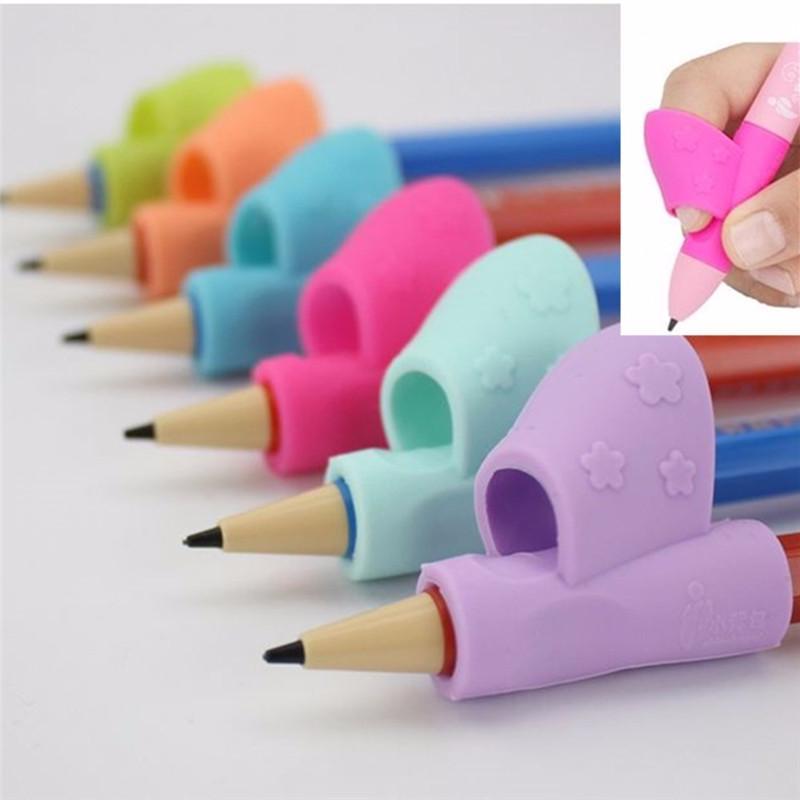 4Pcs Correction de porte-crayon pour enfant Tenir le stylo Grip Posture Tool