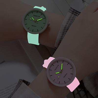 Wholesale Watches Quartz Women Children Creative Luminous Silicone Brand Lovers Romantic Gifts Clock Relogio