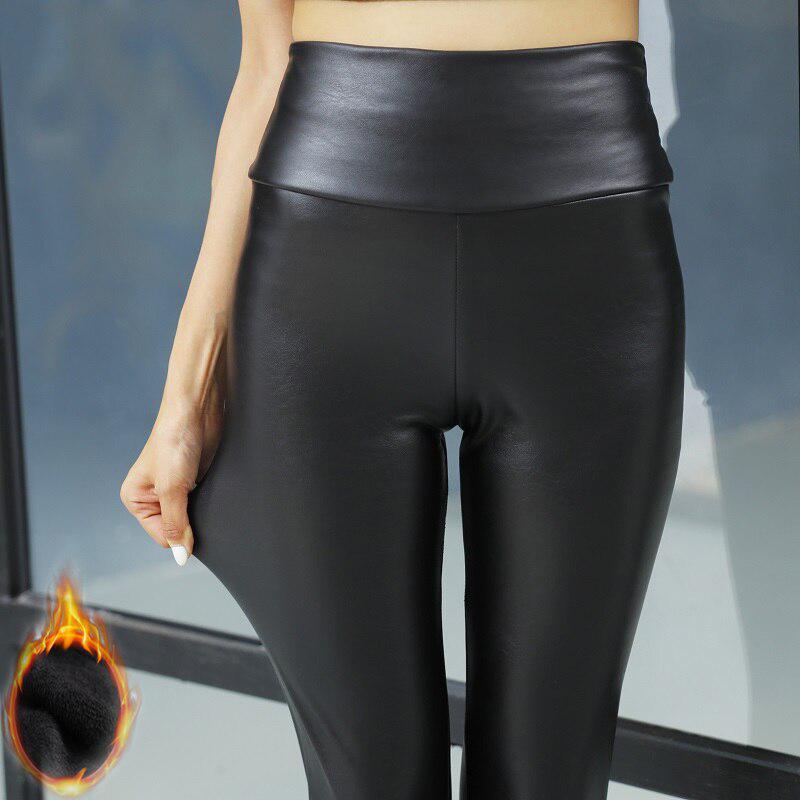 Эластичные женские тёплые леггинсы SKINNY из искусственной кожи с бархатной подкладкой фото