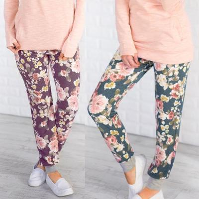 Cómoda impresión pie arnés pantalón moda flor impresión ocio pantalones  largos Casual mujer afe39115c7e