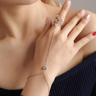 Fashion Creative Women Openwork Leaves Finger Ring Bracelet Party Jewelry Accessories Gifts