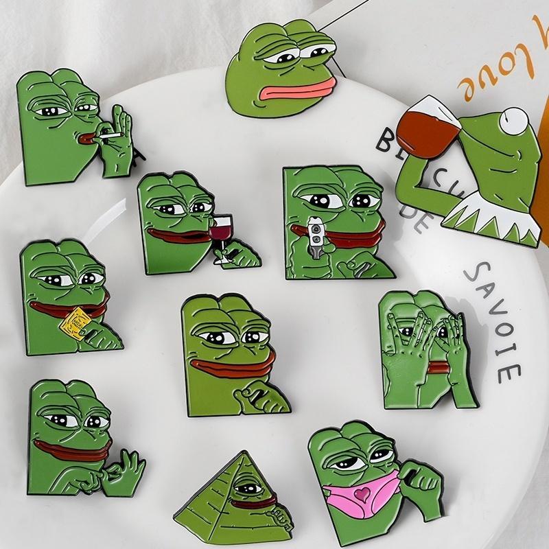 Hat Tack Lapel Pin Badge Toad Pin Frog