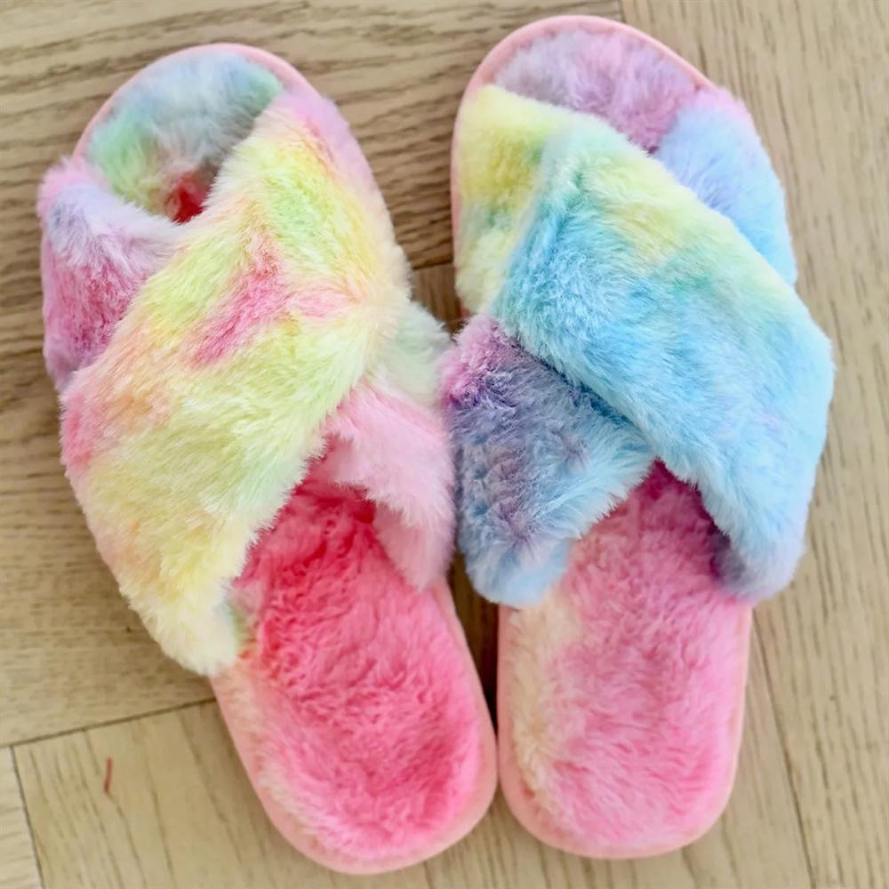 Women Rainbow Furry Slipper Criss Cross Faux Fur Slipper Casual Warm Mules Shoes