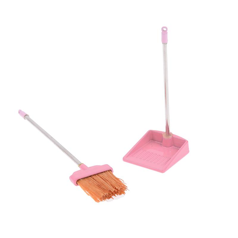 Doll House Miniature Cleaning Tools White Dustpan /& Brush