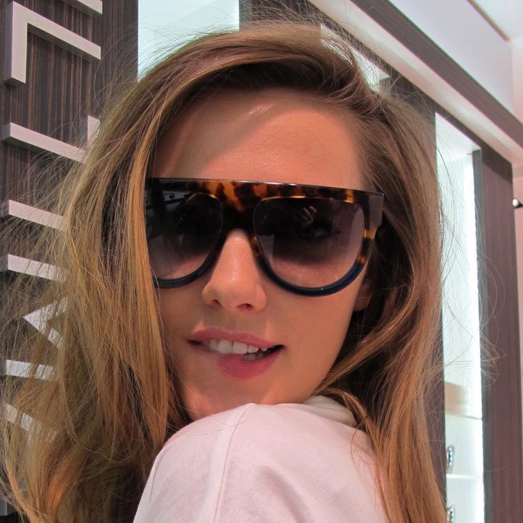 Kardashian Sunglasses Flat Kim Top Women Fashion Oversized Square Luxury Brand