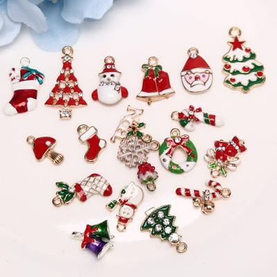 4 Christmas Charms Santa Claus Pendants Antiqued Silver Holiday Themed Findings