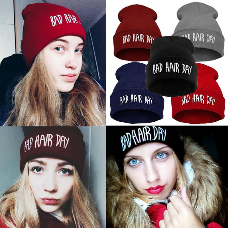 Cat in A Coil Hat for Men and Women Winter Warm Hats Knit Slouchy Thick Skull Cap Black