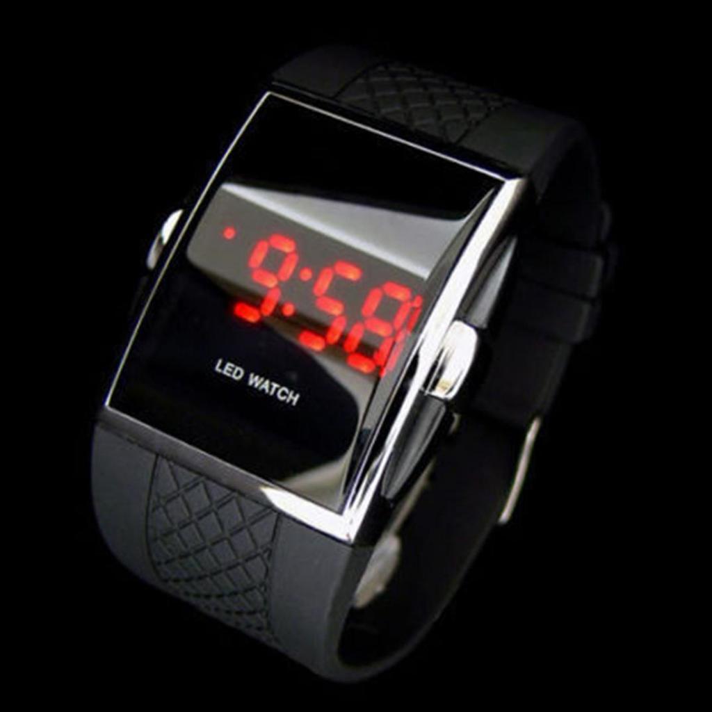 MENS LUXURY日期DIGITAL SPORT LED手表橡胶STREAMLINED手表礼品