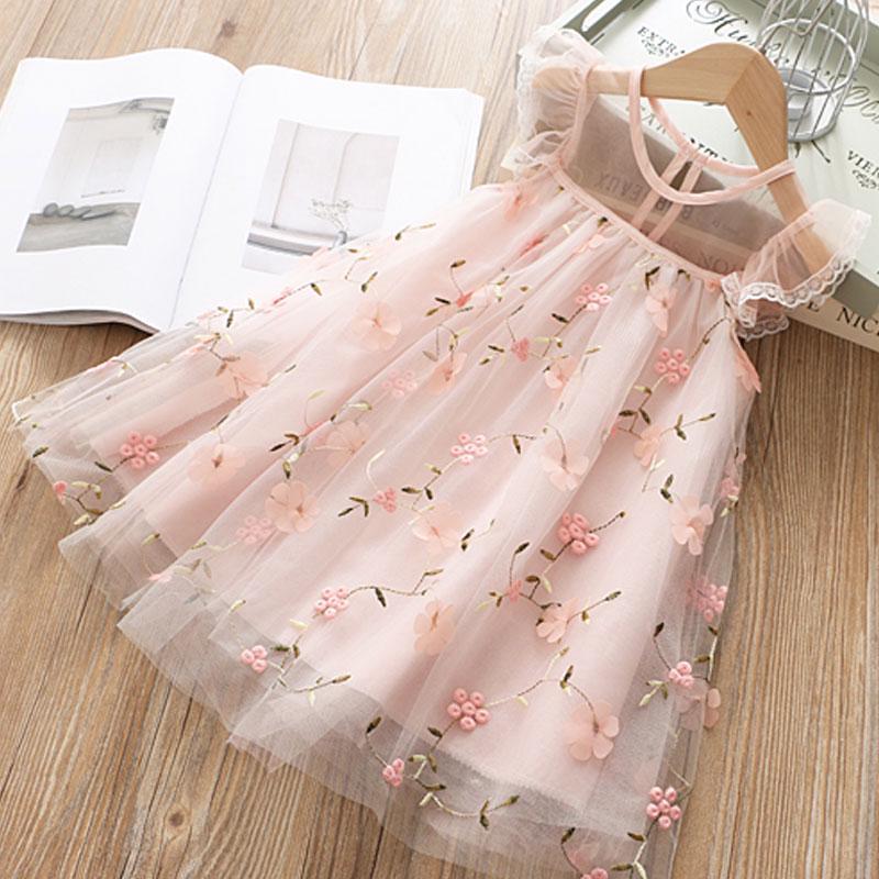 Кружевное летнее платье для девочки фото