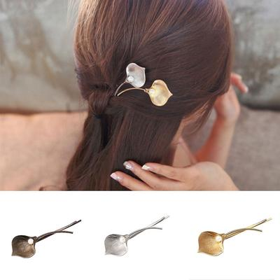 Beautiful For Women Metal WomenClothing Accessories Barrettes Leaf Hairpin  Pearl Hairpin Hair Clips f406a82ef6f2
