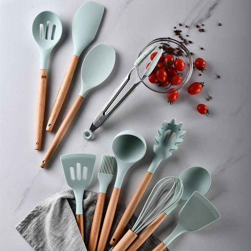 12PCS Kitchen Utensil Set Silicone Cooking Utensils Wooden Handle With Bucket