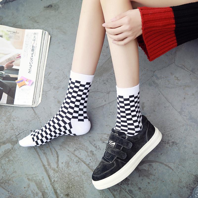 Мода Шахматная доска Harajuku Trend Весна Unisex геометрические клетчатые
