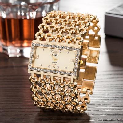 Women Fashion Wideband Queen Style Quartz Women Jewelry Watch Bracelet Watch Wristwatch