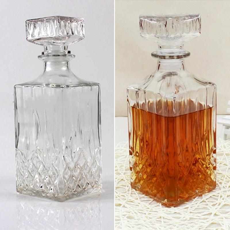 Whiskey Decanter Liquor Scotch Bourbon Wine Square 26Oz Crystal With Glass Stopp