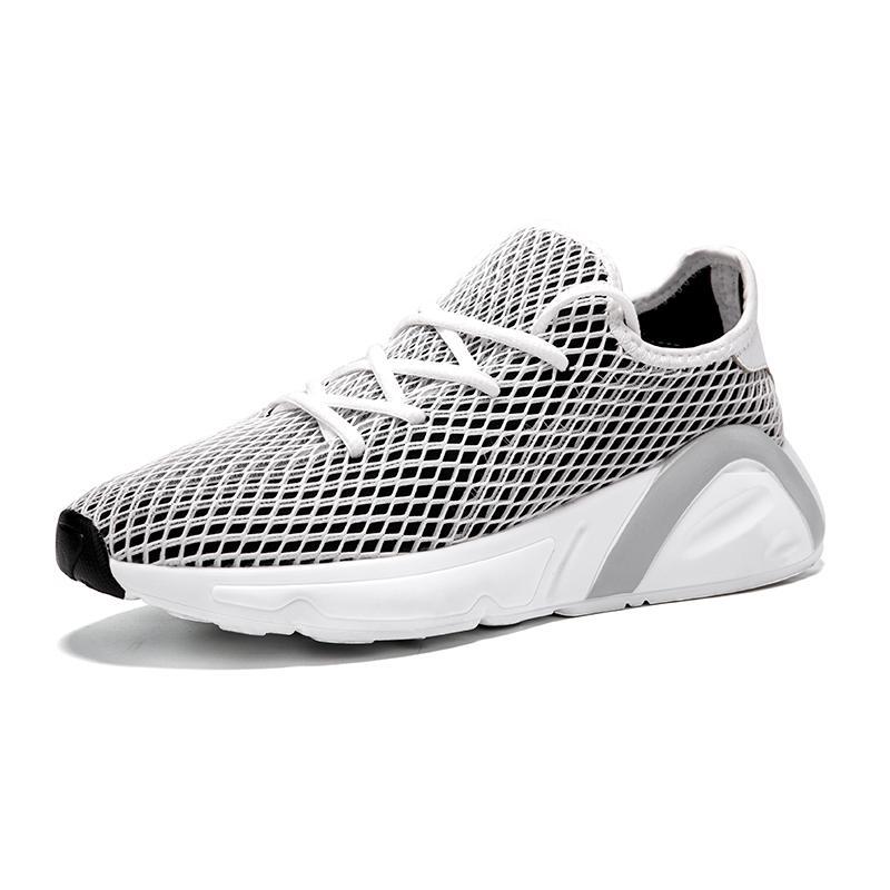 Compre Calçados Esportivos Respiráveis femininos 2019 Verão Novas Meias Selvagens Sapatos Femininos Estudantes Correndo Versão Coreana Dos Sapatos