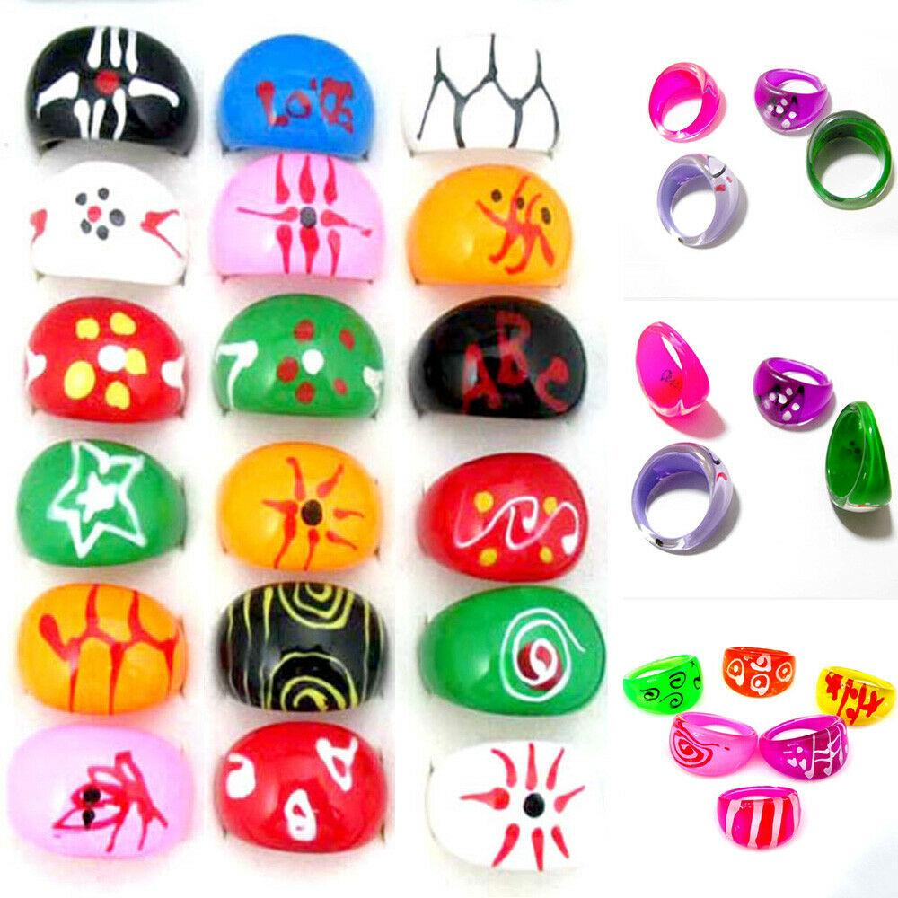 10 Adjustable plastic Kids characters Ring Children Costume Jewellery