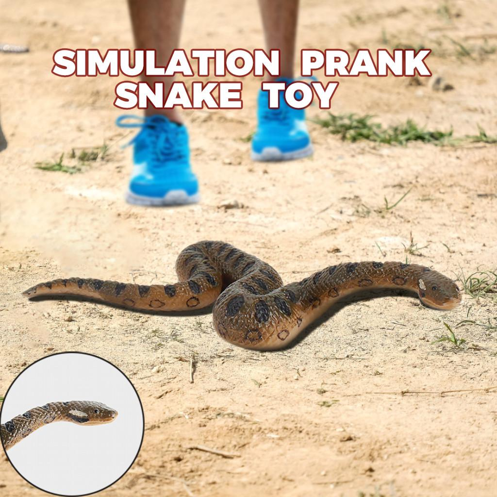 Rubber Props Realistic Fake Snake Scary Toy Party Trick Prank 12 Pcs Colorful