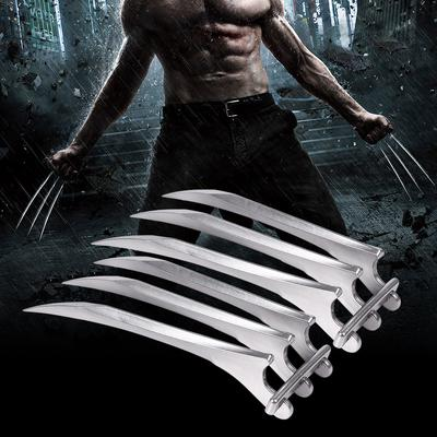 Adjustable Distance Between Fingers New Premium Retractable Wolverine Claws Movable Joint Realistic Plastic Cosplay Costume Props Set of 2 Wolverine Claws