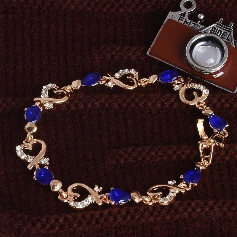 Браслет- цепочка из австрийского хрусталя со стразами и камнями в форме сердца фото