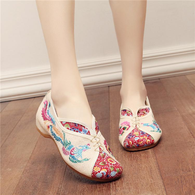 Women National Style Embroidered Cloth Slippers Female Summer Leisure Embroidered Linen Sandals