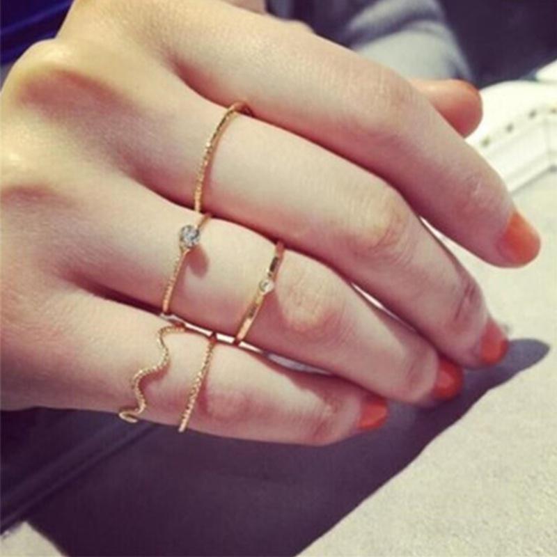 5Pcs//Set Women Fashion Wave Gold Crystal Rhinestone Midi Knuckle Finger Rings