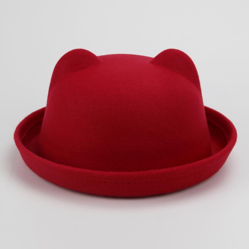 Calaméo - Marin Voican-Ghioroiu - Scimbă, neică, pălăria