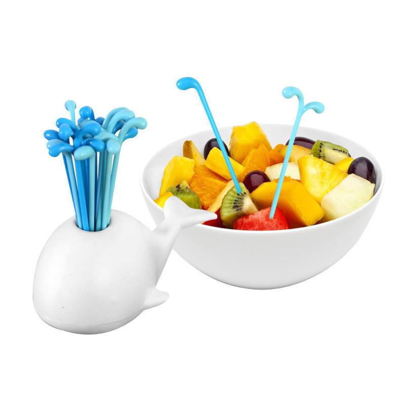 可爱鲸鱼喷水水果叉 创意动物鲸鱼水果签 厨房用品