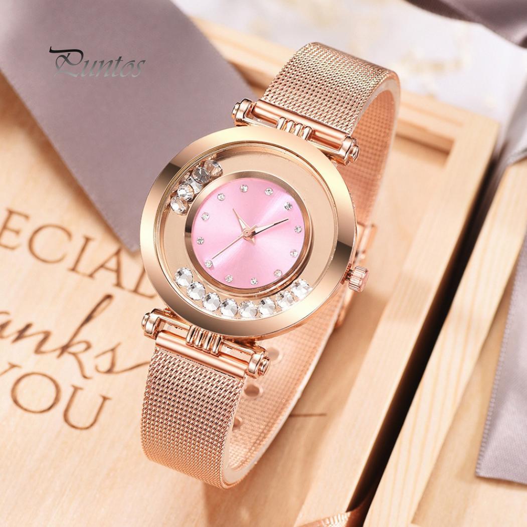 Изысканные женские кварцевые наручные часы с прозрачными стразами на круглом циферблате без цифр и сетчатым браслетом фото