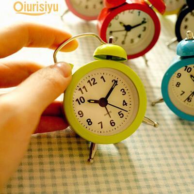 4Cm Classic Retro Mini Metal Electronic Small Alarm Clock