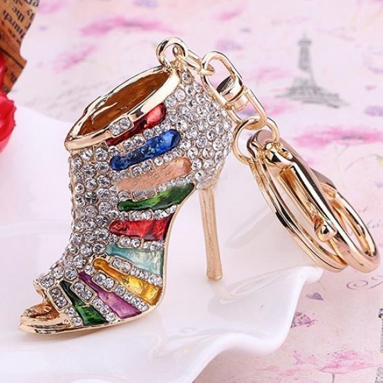 Llavero para ir de compras de oro y color negro 3D, con zapato de tacón alto con encanto. Precioso llavero con zapato de tacón alto de oro y color negro