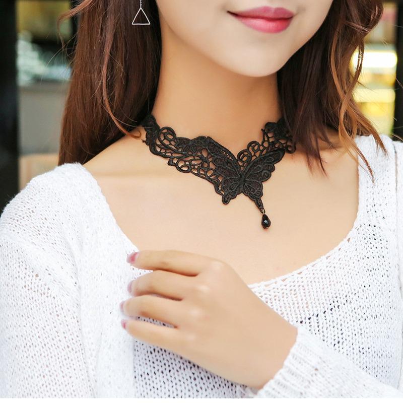 Women Pendant Retro Jewelry Choker Chunky Statement Chain Bib Lace Necklace YW