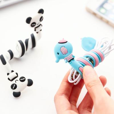Forma de historieta creativa USB cable enrollador Panda encantador elefante de silicona larga torcer hilo