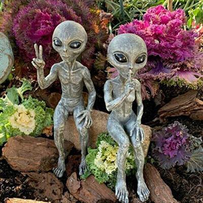 Outer Space Alien Statue Martians Garden Figurine Set for Home Indoor Outdoor D