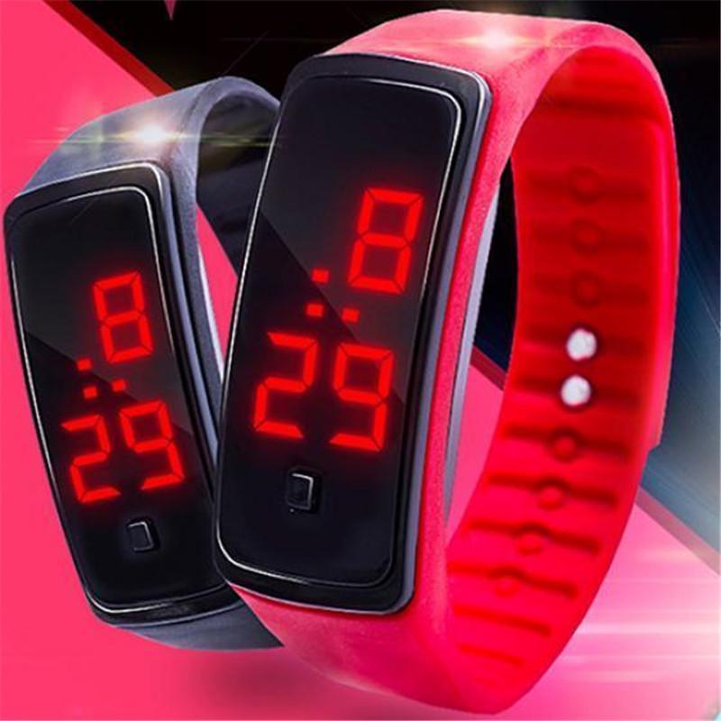 Фото - Светодиодные часы Мода Спорт Цифровые часы силиконовые работает браслет наручные часы solar outdoor camping shower bag 20 liters 5 gallons