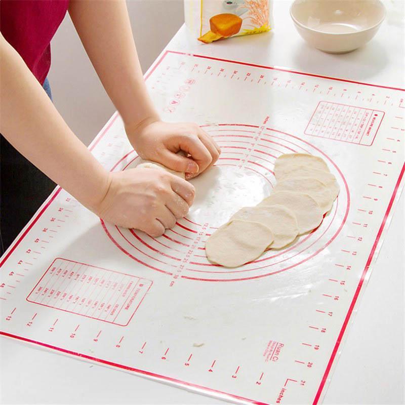 Многоразовый термостойкий силиконовый коврик с разметкой для раскатки теста фото