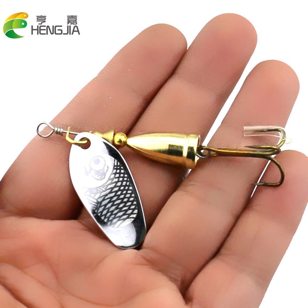 Hengjia 1шт 7cm/8.5 g приманки рыбалка поворот блестками поддельные бионический нержавеющей рыболовные принадлежности