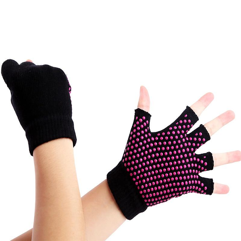1Pair Half Fingers Yoga Gloves Fitness Lady Non-slip Professional Sports Glove