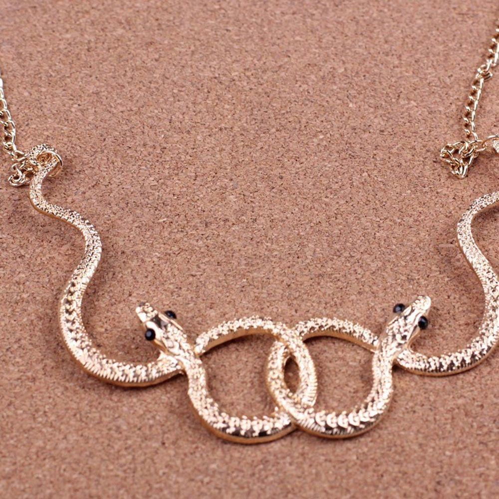 Easy Wear Temperament Necklace with Exaggerated Diamond Shape Statement for your relaxed weekend.