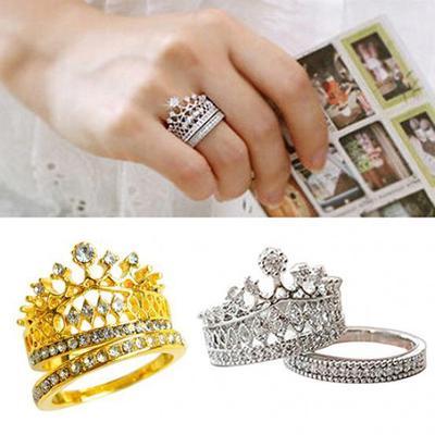 fd25a4684d73 2 piezas las mujeres corona Tiara anillo con incrustaciones totalmente  Rhinestone aleación joyas regalo