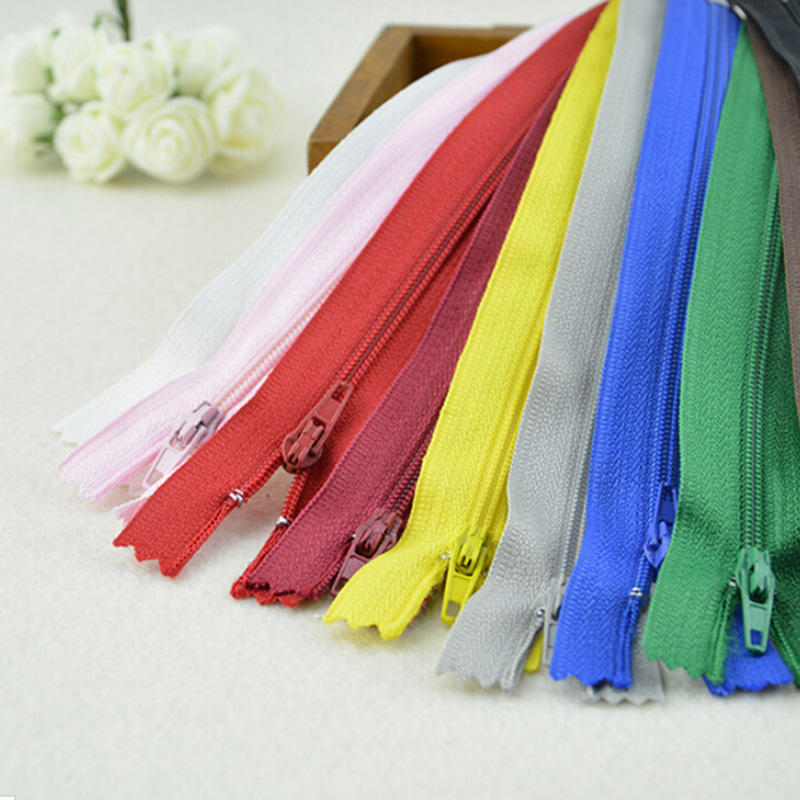 10 Assorted Nylon Closed End Zips For Dress Upholstery Craft /& Zip Repair