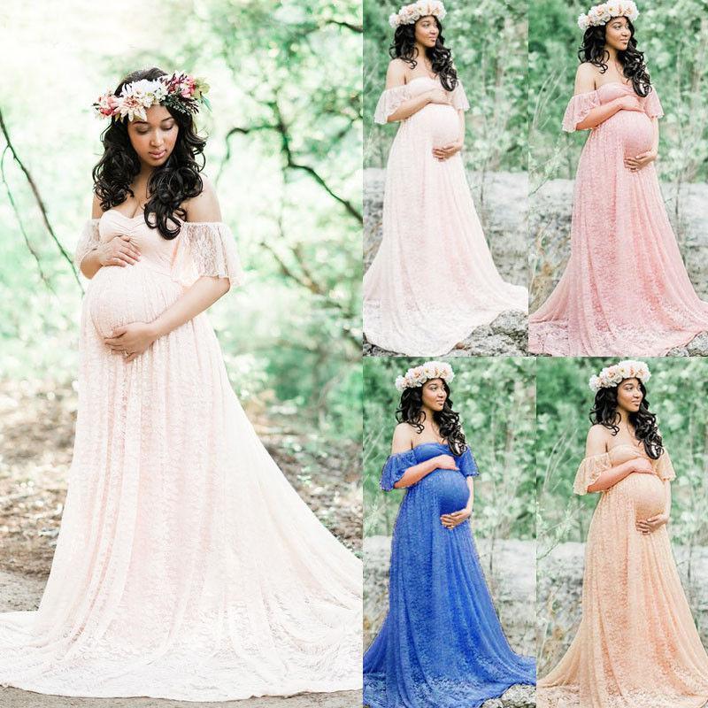 Cauta? i femeie gravida pentru fotografie