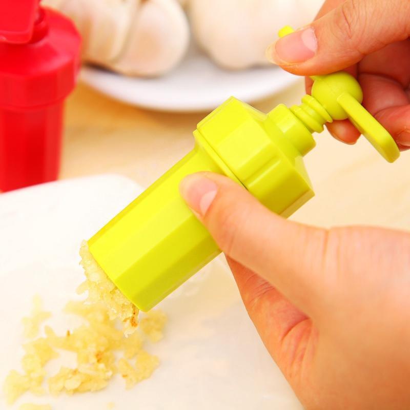 塑料蒜泥器厨房手动压蒜小工具新奇特3821多功能剥蒜器捣蒜器批发